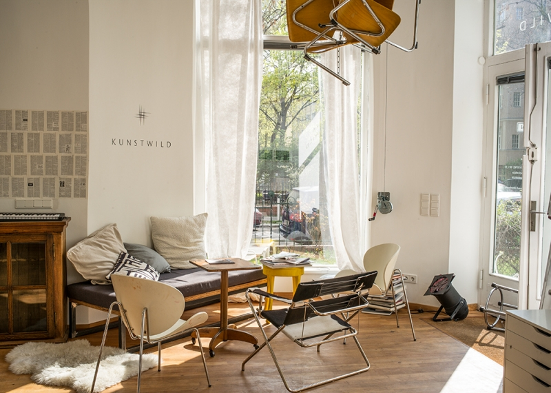r ume locations atelier sabine wild raum. Black Bedroom Furniture Sets. Home Design Ideas
